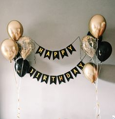 diy birthday decorations for men Happy b-day Happy b-day Simple Birthday Decorations, Birthday Party Decorations, Room Decoration For Birthday, 21st Birthday Ideas For Guys, Birthday Ideas For Boyfriend, Black And Gold Party Decorations, Balloon Decorations, 18th Birthday Party, Mens 40th Birthday Cake