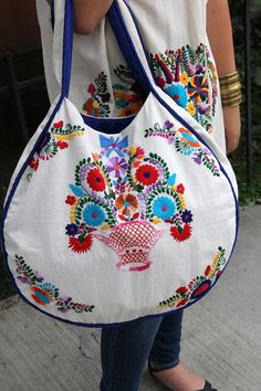Beige and multi colored Statement piece round hand embroidered tote Embroidery Bags, Embroidery Transfers, Vintage Embroidery, Silk Ribbon Embroidery, Muslin Fabric, Fabric Bags, Colorful Fashion, Boho Fashion, Diy Bags Purses