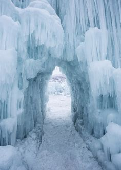 See Amazing Ice Castles In Wisconsin Dells