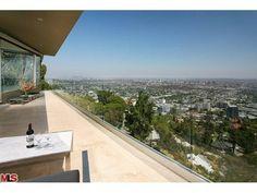 8690 Franklin Avenue, Los Angeles CA