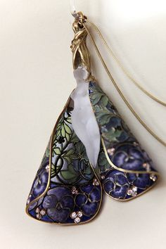 Pendant with chain, R.J. Lalique, Paris, around 1900 | Flickr - Photo Sharing!
