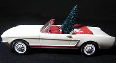 Hallmark 66 Ford Mustang Convertible Classic Car Christmas Ornament     UB1
