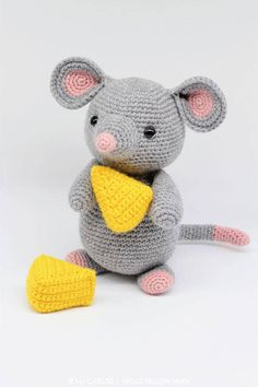 Crochet Amigurumi Mouse PATTERN ONLY Remington Mouse pdf