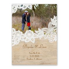 White floral lace reflects a romantic wedding style, which is nicely balanced with the rustic flair of woodgrain. So sweet for a country rustic wedding celebration.