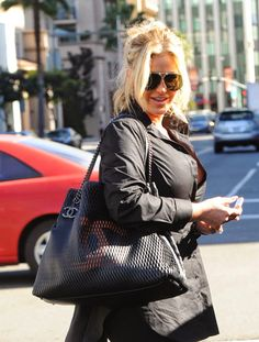 Buy Louis Vuitton Antheia Hobo GM - Leather - New With Dust Bag - Authenticated at online store Chanel Jumbo, Chanel Mini, Chanel Classic Flap, Chanel Wallet, Chanel Boy Bag, Kim Zolciak, Chanel Reissue, Buy Louis Vuitton, Chanel Shoulder Bag