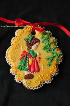 Girl hanging ornament by A ja to pierniczę Cupcakes, Fondant Cookies, Galletas Cookies, Cupcake Cookies, Christmas Sugar Cookies, Christmas Sweets, Holiday Cookies, Christmas Baking, Fancy Cookies