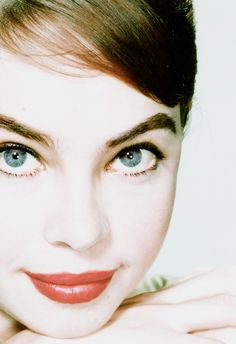 The talented, beautiful, Leslie Caron, Such beautiful,big blue eyes!