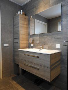 Washroom Design, Bathroom Design Luxury, Bathroom Layout, Modern Bathroom Design, Small Bathroom, Small Toilet Design, Bathroom Styling, Home Room Design, Ideas