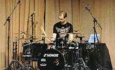 Drummerworld: Benny Greb