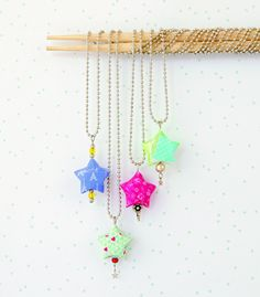 Origami Star Necklace  •  Free tutorial with pictures on how to make a pendant necklace in under 35 minutes