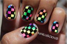 Nailuscious: Checker Rainbow