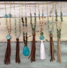 Bohemian everyday leather tassel necklace by DeepDownDixie on Etsy Diy Jewelry Necklace, Fall Jewelry, Boho Jewelry, Jewelry Crafts, Tassel Necklace, Beaded Jewelry, Bead Crafts, Jewelry Ideas, Leather Tassel
