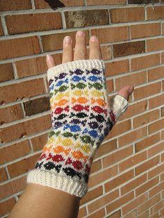 Ravelry: Swedish Fish pattern by SpillyJane Knitted Mittens Pattern, Fair Isle Knitting Patterns, Crochet Mittens, Knitted Gloves, Knitting Designs, Hat Patterns, Stitch Patterns, Swedish Fish, Knitting Yarn