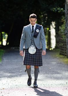 Our exclusive Lomond Mist tartan goes perfectly with our grey tweed jacket and waistcoats. Kilt Men, Men In Kilts, Kilt Hire, Kilt Jackets, Scotland Kilt, Tweed Jacket, Suits You, Traditional Outfits, Groomsmen