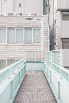 janvranovsky: Pedestrian overpass in Arakawa, Tokyo| © Jan Vranovský, 2016 | simply aesthetic