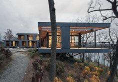 Best Ideas For Modern House Design & Architecture : – Picture : – Description Modern dwelling with spectacular Hudson River views Cantilever Architecture, Architecture Durable, Houses Architecture, Beautiful Architecture, Residential Architecture, Contemporary Architecture, Architecture Design, Minimalist Architecture, Architecture Renovation