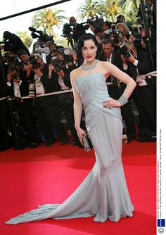 What Makes A Stand-Out Cannes Film Festival Dress? See An Infographic Of 60 Years Of The Festival's Best Red Carpet Style | Grazia Fashion