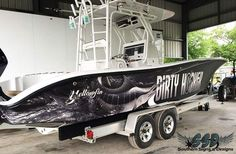 Nice boat wrap in & 8900 Carbon Fiber Laminate by Southern Signs… Shallow Water Boats, Expensive Yachts, Southern Signs, Center Console Fishing Boats, Offshore Boats, Top Boat, Boat Wraps, Buy A Boat, Offshore Fishing