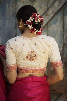 Blouse Back Neck Designs (Latest, Trendy, Chic Style) - Indian Fashion Ideas White Blouse Designs, Blouse Back Neck Designs, Sari Blouse Designs, White Saree Blouse, Stylish Blouse Design, Bohemian Style Dresses, Saree Blouse Patterns, Cotton Blouses, White Blouses