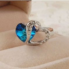 New The Heart Of The Ocean Blue Crystal Women's Ring - USD $44.95