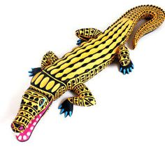 crocodile carving by Luis Pablo, considered one of the top Oaxacan wood carving masters