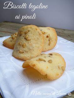 biscotti tegoline ai pinoli - nella cucina di laura