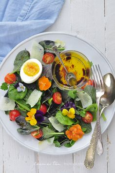 Microleave and Edible Flower Salad by mydookinghut #Flowers #Salad #mycookinghut
