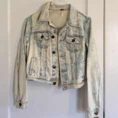 Free People denim jacket Really Adorable denim free people jacket Free People Jackets & Coats Jean Jackets