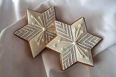 Star Cookies, Fancy Cookies, Spice Cookies, Sugar Cookie Icing, Royal Icing Cookies, Christmas Gingerbread, Gingerbread Cookies, Millies Cookies, Bolacha Cookies