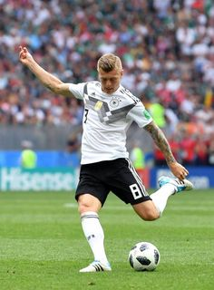 Toni Kroos of Germany during the 2018 FIFA World Cup Russia group F match between Germany and Mexico at Luzhniki Stadium on June 17 2018 in Moscow. Soccer World Cup 2018, Fifa World Cup, Football Icon, Football Players, Germany Football Team, Russia World Cup, Dfb Team, Soccer Pictures, Toni Kroos