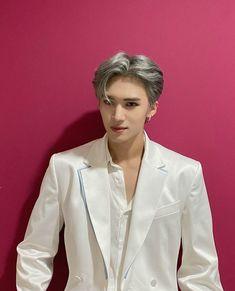 Korean Artist, Grey Hair, Pentagon, Chef Jackets, Suit Jacket, Blazer, Coat, Kpop, Happiness