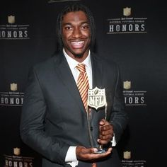 R G III Receives Offensive Rookie of the Year Award