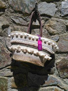 Cesto étnico exclusivo con2takones Venta tienda online www.con2takones.com Straw Bag, Bags, Fashion, Basket, Tent, Handbags, Moda, Dime Bags, Fasion