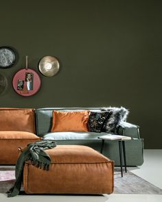 Living Room Green, New Living Room, Home And Living, Sweet Home, New Homes, Lounge, Arwen, Couch, Interior Design