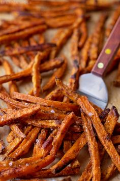 These Sweet Potato Fries are so delicious and crispy. If you love sweet potatoes, you'll love these fries because they're simple, flavorful, made in the oven and the perfect side dish to any meal. Perfect Baked Sweet Potato, Raw Sweet Potato, Sweet Potato Recipes, Sweet Potato Fries Crispy, Baked Potato, Cooking Recipes, Healthy Recipes, Kid Recipes, Eat Healthy