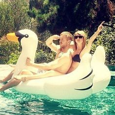 Pin for Later: Taylor Swift and Calvin Harris's Hands-Down Cutest Moments