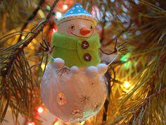 Мастерим снеговичков из лампочек - Ярмарка Мастеров - ручная работа, handmade