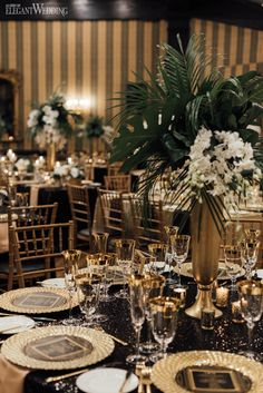 An Old Hollywood Meets Great Gatsby Wedding Margaret and Michael fused together Old Hollywood vibes with art deco motifs to realize their Great Gatsby wedding captured by Ever After Photographers. Wedding Table Themes, Wedding Table Settings, Wedding Table Centerpieces, Gatsby Wedding Decorations, Centerpiece Ideas, Wedding Ideas, Art Deco Wedding Decor, Wedding Venues, Elegant Table Settings
