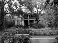 Florida Memory - Historic Russ house in Marianna - Marianna, Florida