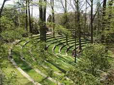 Scott Amphitheater at Swarthmore College campus. Landscape Stairs, Landscape And Urbanism, Landscape Architecture Design, Urban Landscape, Architecture Journal, Architecture Career, Natural Architecture, Vintage Landscape, Classical Architecture