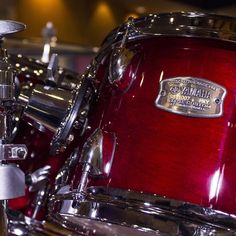 We love this amazing Cranberry Red finish on the latest @yamahacorpus @yamahadrumsofficial Stage Custom Set! #drumsticks #drumset #drumschool #druminstruction #drumlessons #drum #drums #drumfam #drumlife #drummer #drummers #drumming #yamaha #yamahadrums #practice #percussion #practicepad
