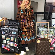 Next stop New York to shoot a new campaign tomorrow, then Boston to speak for the second time at Harvard University about @theblondesalad business case study and then back to New York for fashion week 🥇 #AmericanDays #TheBlondeSaladNeverStops #NeverEver