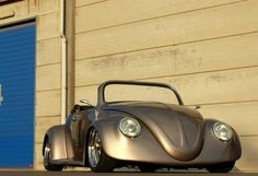 This is one badass beetle I wouldn't mind owning! Vintage Cars, Antique Cars, Vw Accessories, Vw Cabrio, Toyota, Beetle Convertible, Beach Buggy, Surf, Classy Cars