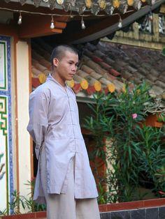 Nha Trang Long Son Pagoda by ngari.norway, via Flickr