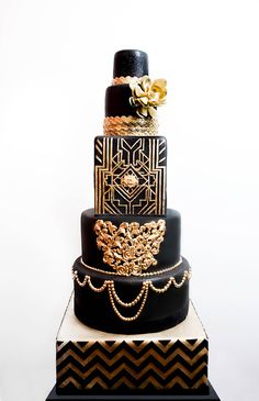 Black and Gold Cake by Fine Cakes By Zehra / Originals Gorgeous Cakes, Pretty Cakes, Amazing Cakes, Great Gatsby Wedding, Art Deco Wedding, Gatsby Party, Gatsby Theme, Gold Wedding, 1920s Wedding