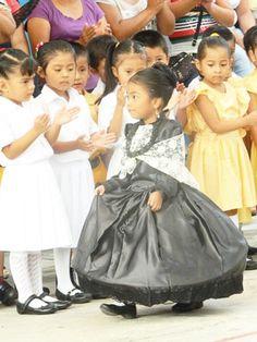 vestido Doña Josefa Ortiz de Domínguez