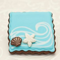 Items similar to Beach Wedding Cookie Favors - Ocean Wave and Sea Shells // 1 doz. // Wedding Favors Destination Wedding // Bridal Shower Favors on Etsy Summer Cookies, Fancy Cookies, Iced Cookies, Cute Cookies, Royal Icing Cookies, Cupcake Cookies, Flower Cookies, Heart Cookies, Valentine Cookies