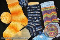 Augenblick mal ....: Blaue Socken mit einfachem Struckturmuster