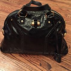 "YSL ""Muse"" bag Stunning patent leather with very minor signs of wear. Very good condition. Saint Laurent Accessories"