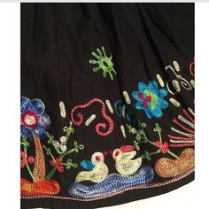 """Ethnic folk art skirt m but runs small Nwt animals 16"""" waist stretched out 16"""" long really adorable embroidery ModCloth Skirts Mini"""